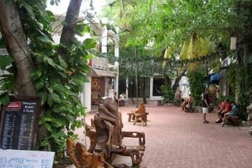 Side Street off 5th Avenue Playa del Carmen