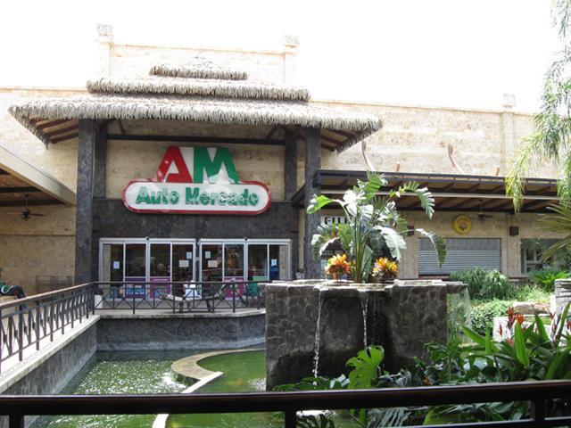 Automercado Supermarket Tamarindo Costa Rica