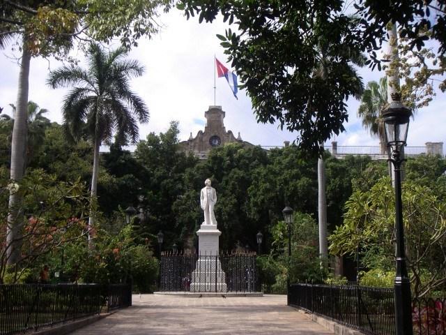 Statue of Carlos Manuel de Céspedes, Plaza de Armas, Havana, Cuba