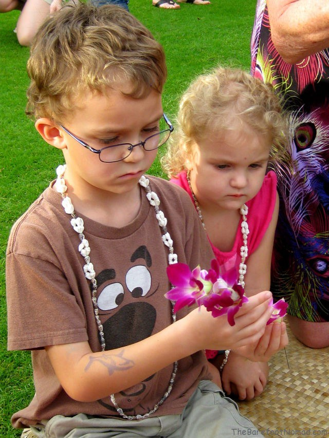 Learning to Make a Flower Lei