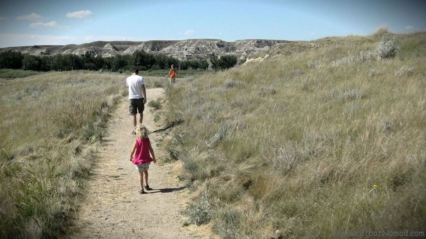 Walking The Badlands Trail Dinosaur Provincial Park