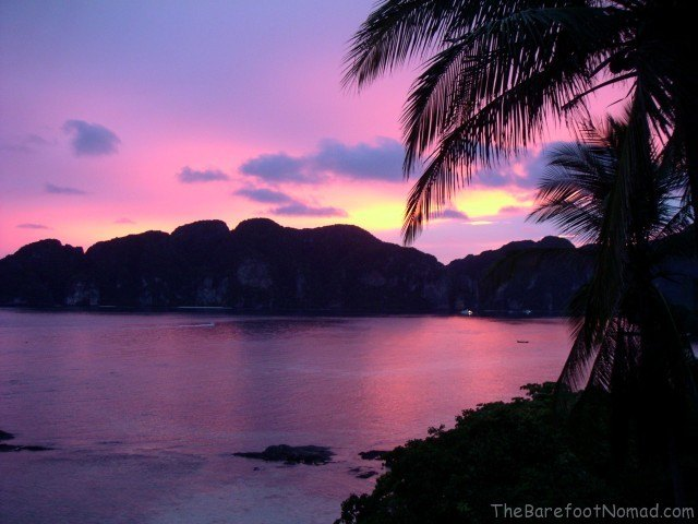A picture of a scarlet sky in Ko Phi Phi, Thailand