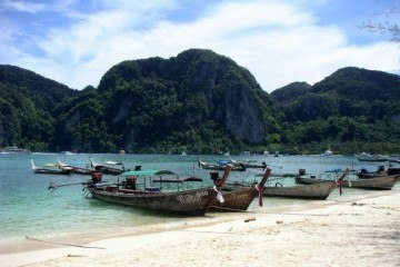 Beautiful Ko Phi Phi Thailand 8 things travel has taught me