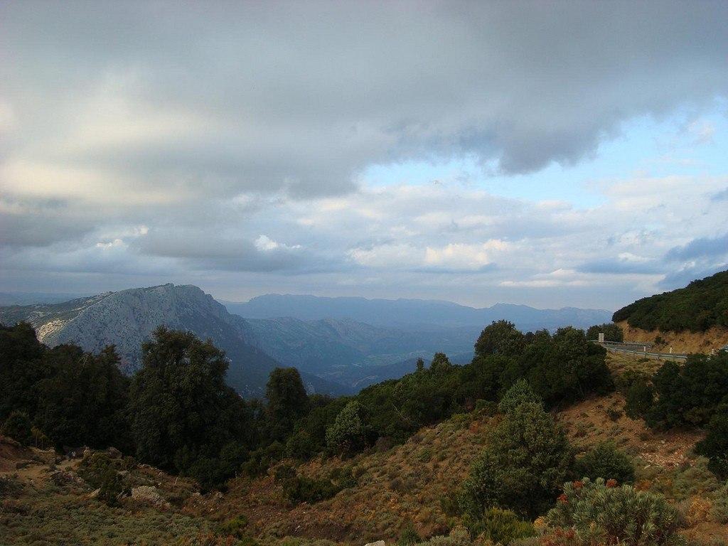 Sardinia's scenic mountains Walking Tour