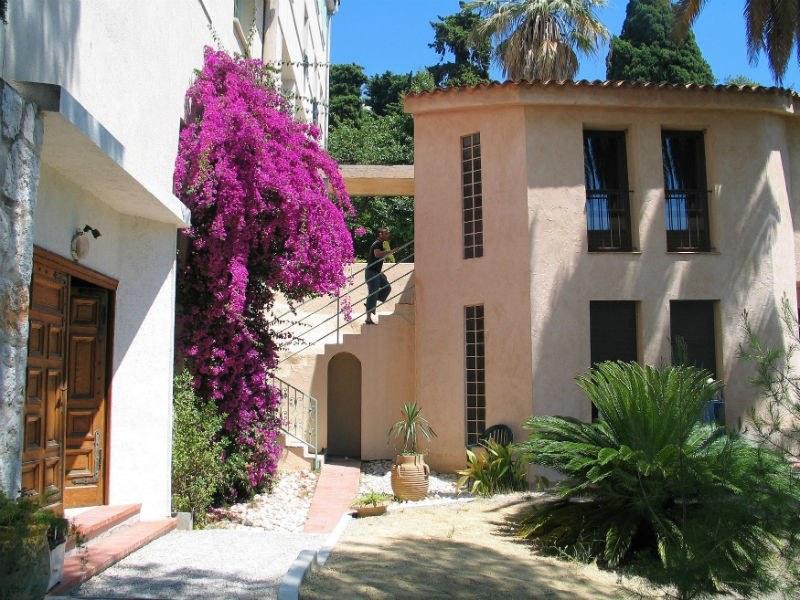 Villa Saint Exupéry Gardens Hostel Nice France Family Hostel Guide
