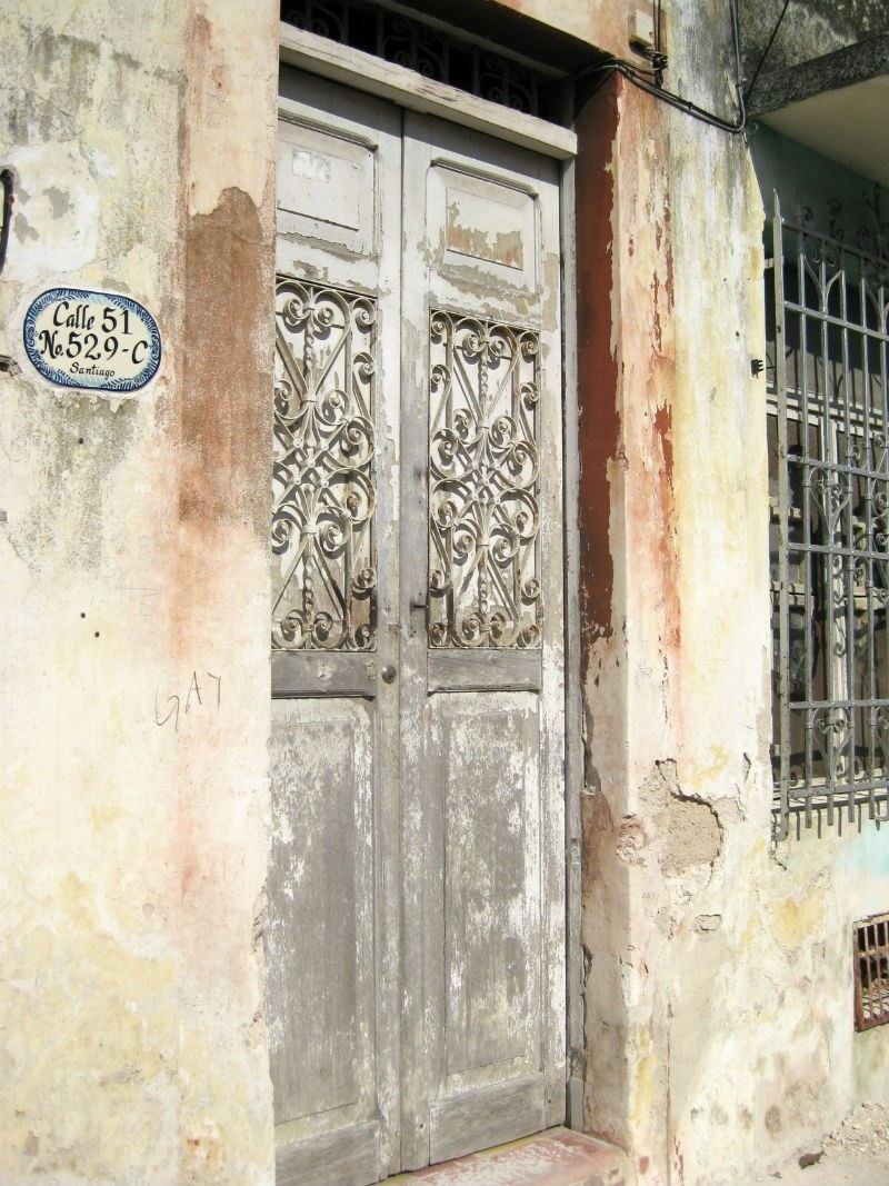 Merida Faded Doorway Calle 51