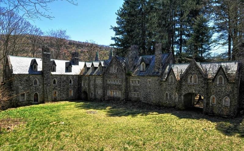 Dundas Castle by Forsaken Fotos