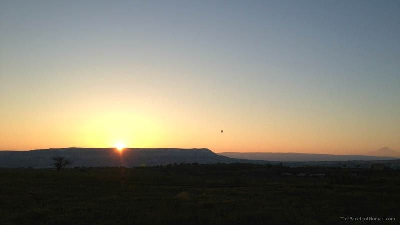 Sunrise over the valley Goreme hot air balloon
