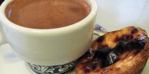 Pasteis De Belem with hot chocolate