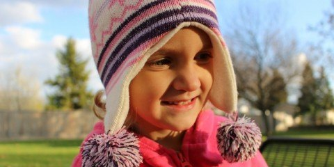 Little girl portrait with Canon EOS Rebel SL1