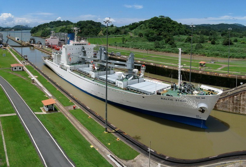 Ship in the Panama Canal by thyngum on Flickr