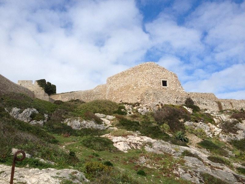 Fortaleza de Belixe from path
