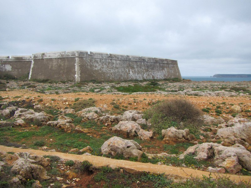 Squat fort at Sagres Point