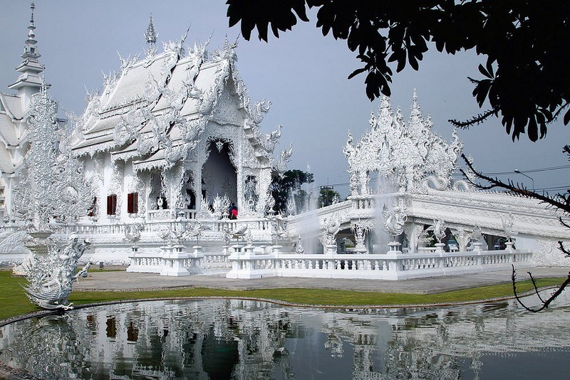Wat Rong Khun by Pilikan on Flickr 800