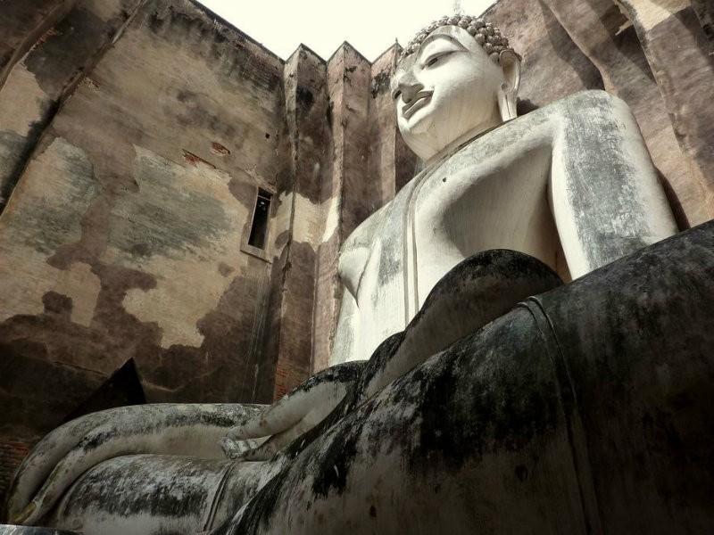 Wat Si Chum by SurLaRoutefr on Flickr