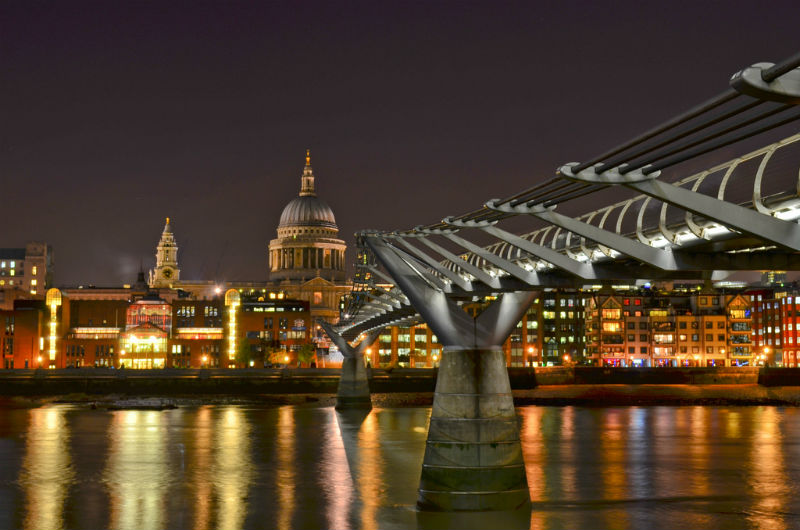 Millennium Bridge by Garry Knight