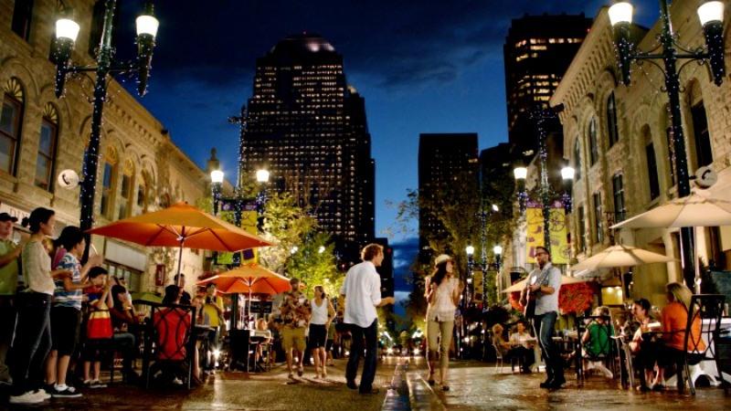 Stephen Avenue Downtown Calgary Photo courtesy Tourism Calgary