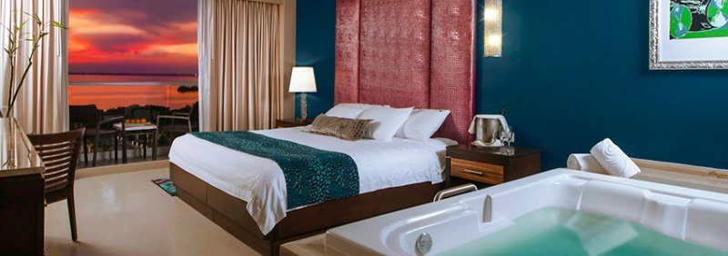 Hard Rock Hotel Cancun All-Inclusive deluxe gold