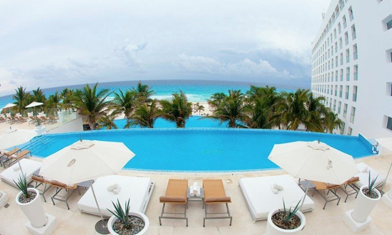 Le Blanc Spa All-Inclusive Resort