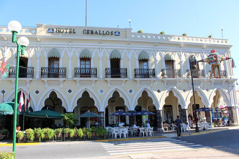 Hotel Ceballos
