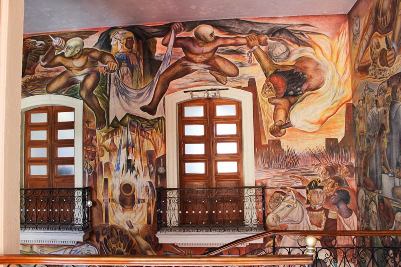 Mexican Independence mural by Jorge Chávez Carrillo in Colima Government building.