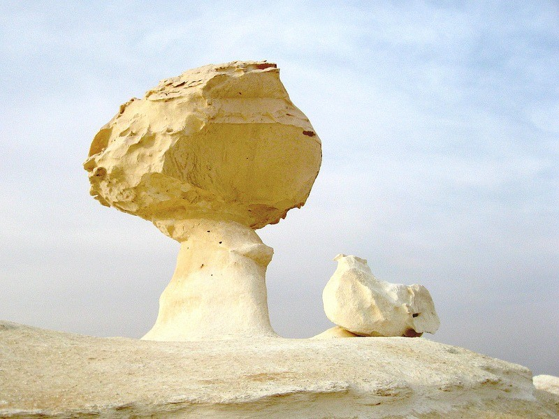White Desert mushroom formation. Photo by