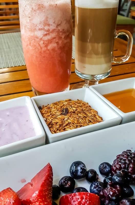 Breakfast at Omaggio Restaurant Marival Residences