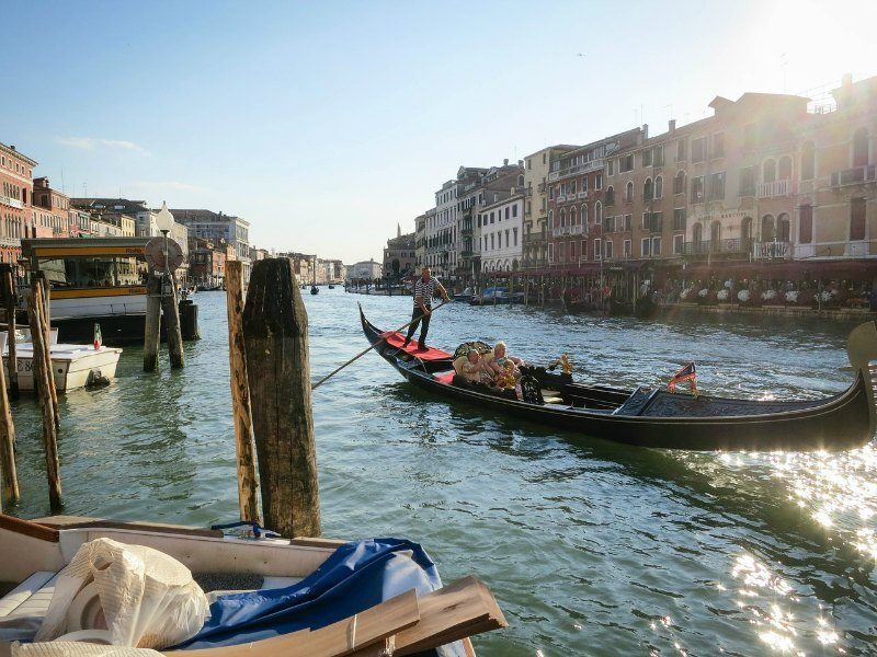 Venice Gondola Budget-Friendly Tips for Enjoying Your Family Vacation in Europe