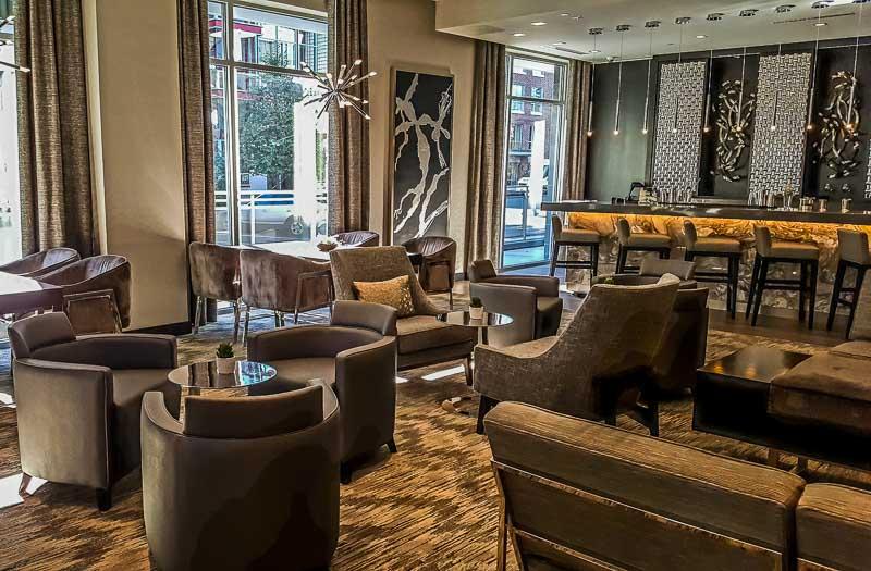 AC Hotel Boston North lounge