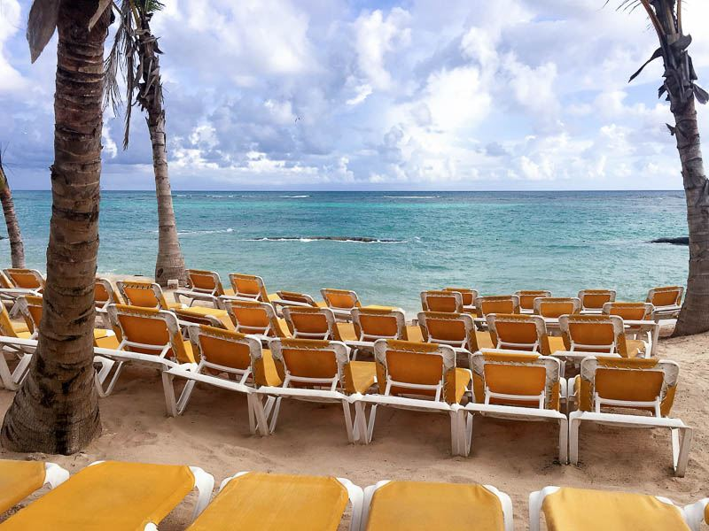 ocean-blue-and-sand-beach-chairs