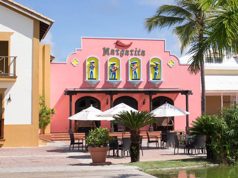 ocean-blue-and-sand-margarita-restaurant