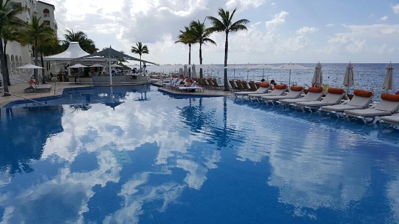 Pool Cozumel Palace Riviera Maya