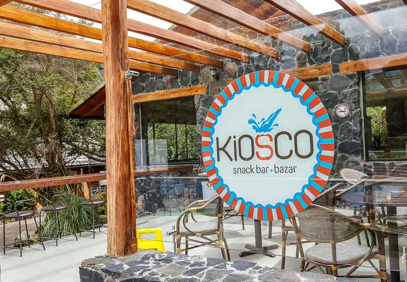 Kiosco snack bar at public hot pools Termas de Papallacta