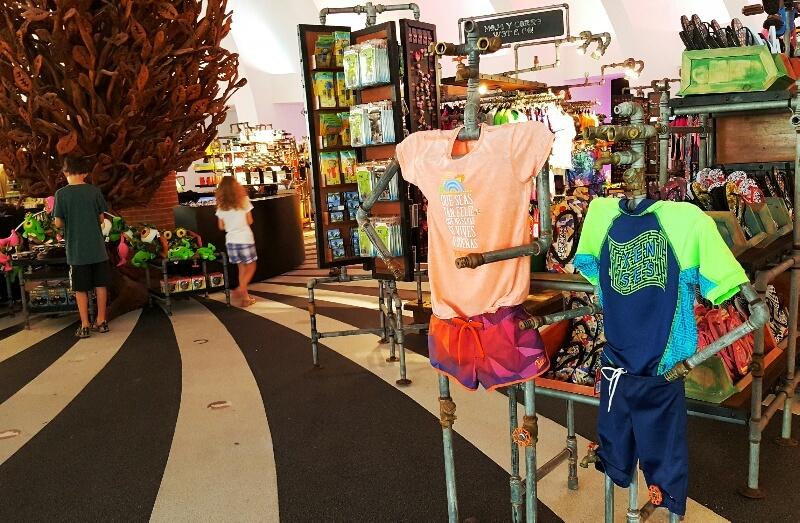 Xenses Gift Shop in the Pinwheel