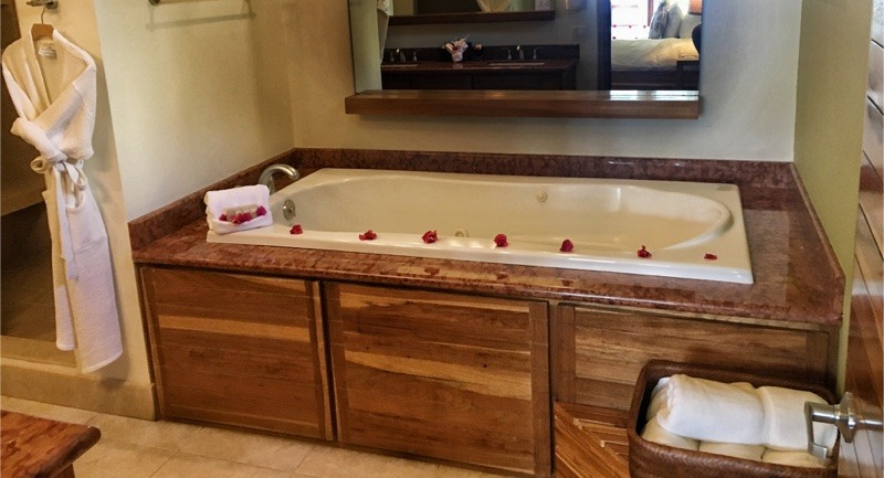 jetted tub in master bath at The Phoenix Belize Resort