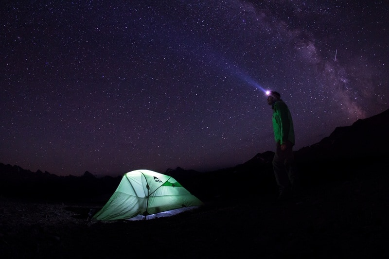 Watching the Stars at the Jasper Dark Sky Festival. Photo Courtesy Tourism Jasper.