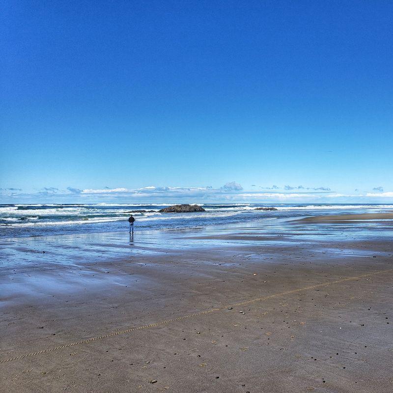 Oregon Coast by the beach Lincoln City