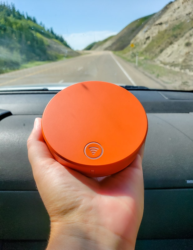 Using Skyroam Solis in a car on a road trip