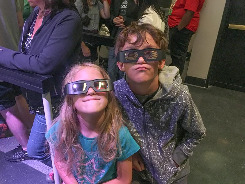 kids in 3d glasses at Universal Orlando