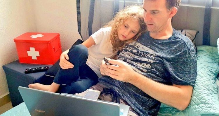 Dad and Daughter learning Spanish together