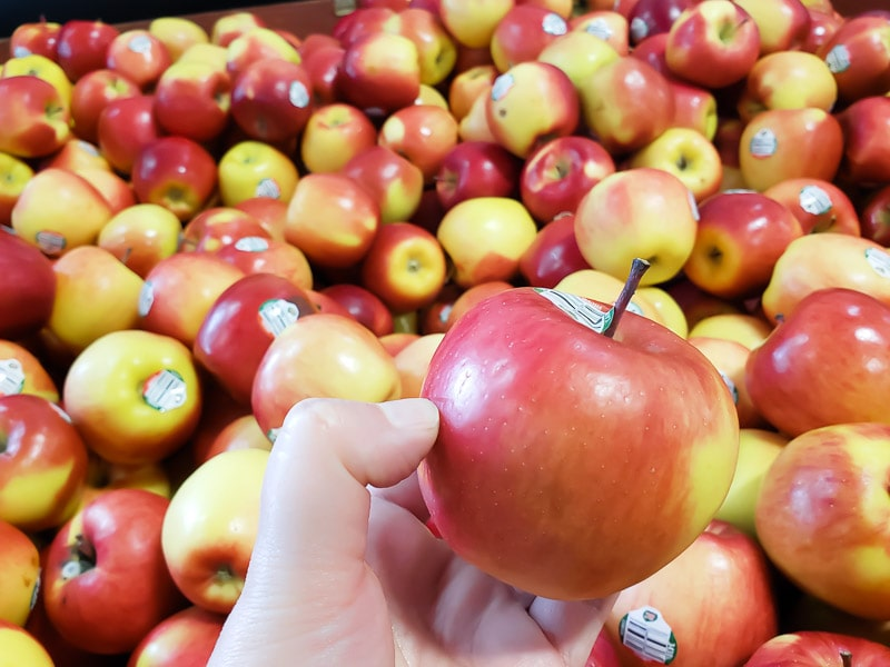 BC grown apples at the BC Tree Fruits market